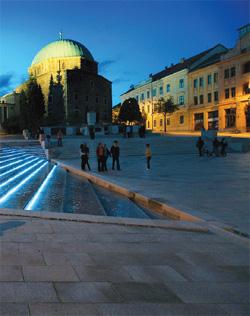 Vízlépcső a Széchenyi téren