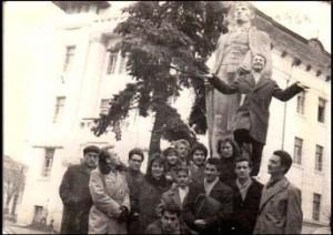 A Vásárhelyi Pedagógiai Főiskola román–magyar szakos hallgatói (1963)
