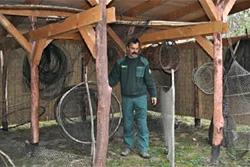Régi halászeszközök bemutatója a Boki-Duna mellett