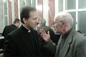 Mohos Gábor atya, a Magyar Katolikus Püspöki kar titkára és a szerző