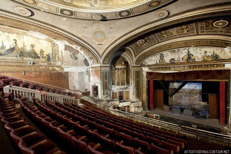 Loew's Palace Theatre - Bridgeport, Connecticut (1922)