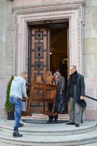 Indulás előtt a budapesti Szent István Bazilikánál