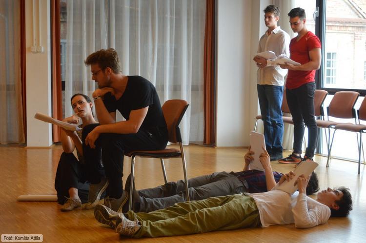 Térey János: A legkiseb jégkorszak Felolvasószínház, közreműködnek a SZFE elsőéves színészhallgatói (június 15.)